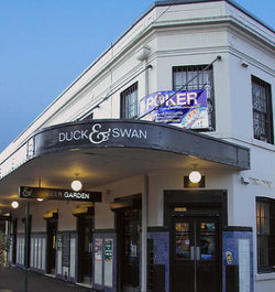 Duck & Swan Hotel - Restaurants Sydney