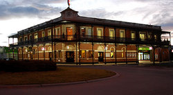 The Grand Terminus Hotel - Restaurants Sydney