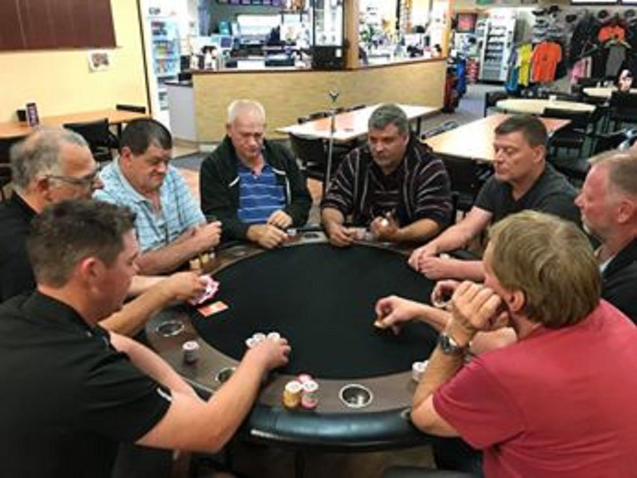 Numurkah Golf and Bowls Club - Poker Wednesday - Restaurants Sydney