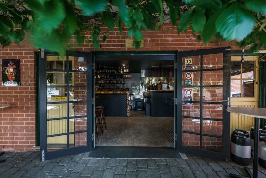Vine And Tap - Restaurants Sydney