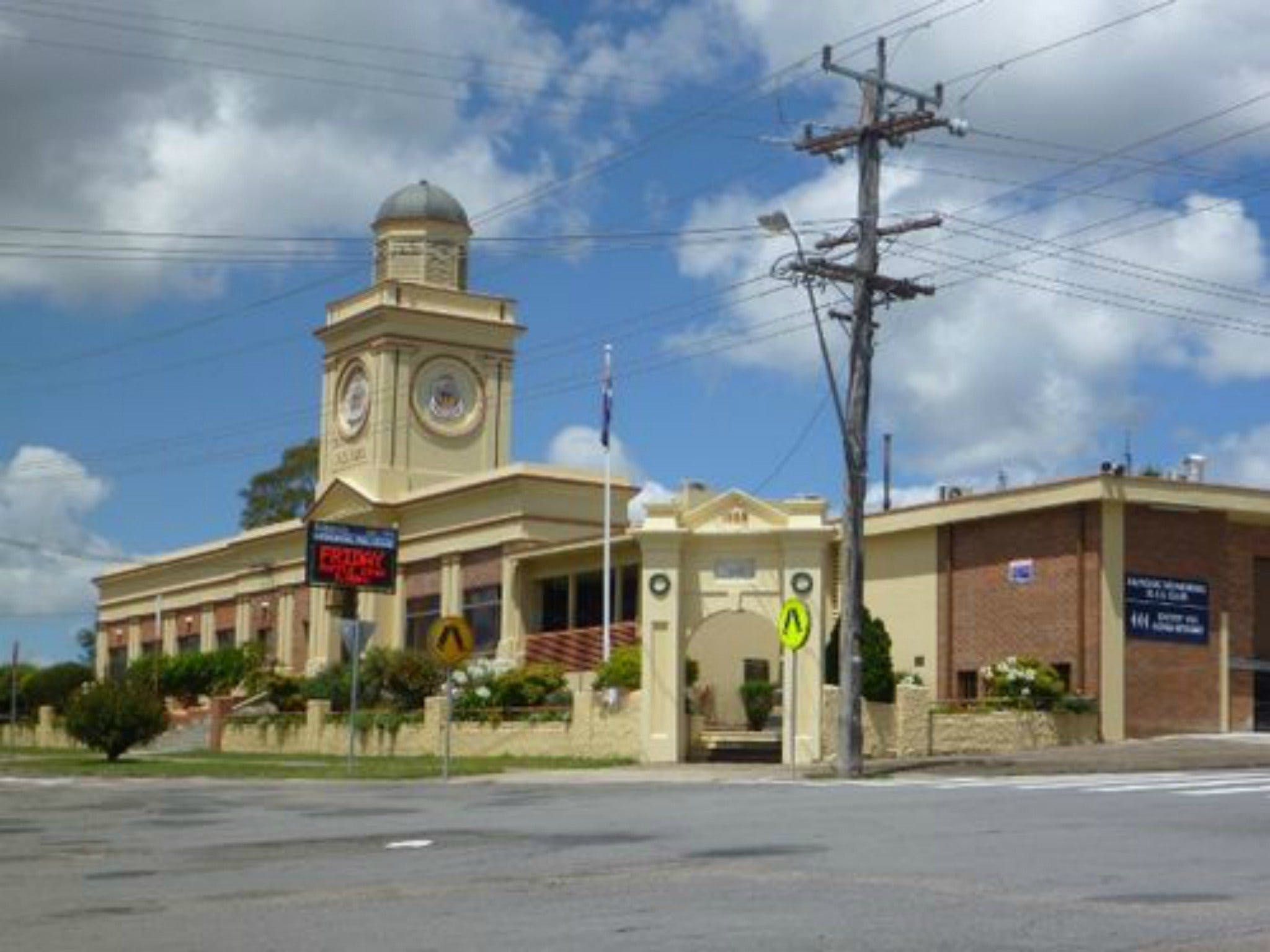 Dungog Memorial RSL Club - Restaurants Sydney