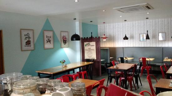 Chill Parlour Ayr - Restaurants Sydney